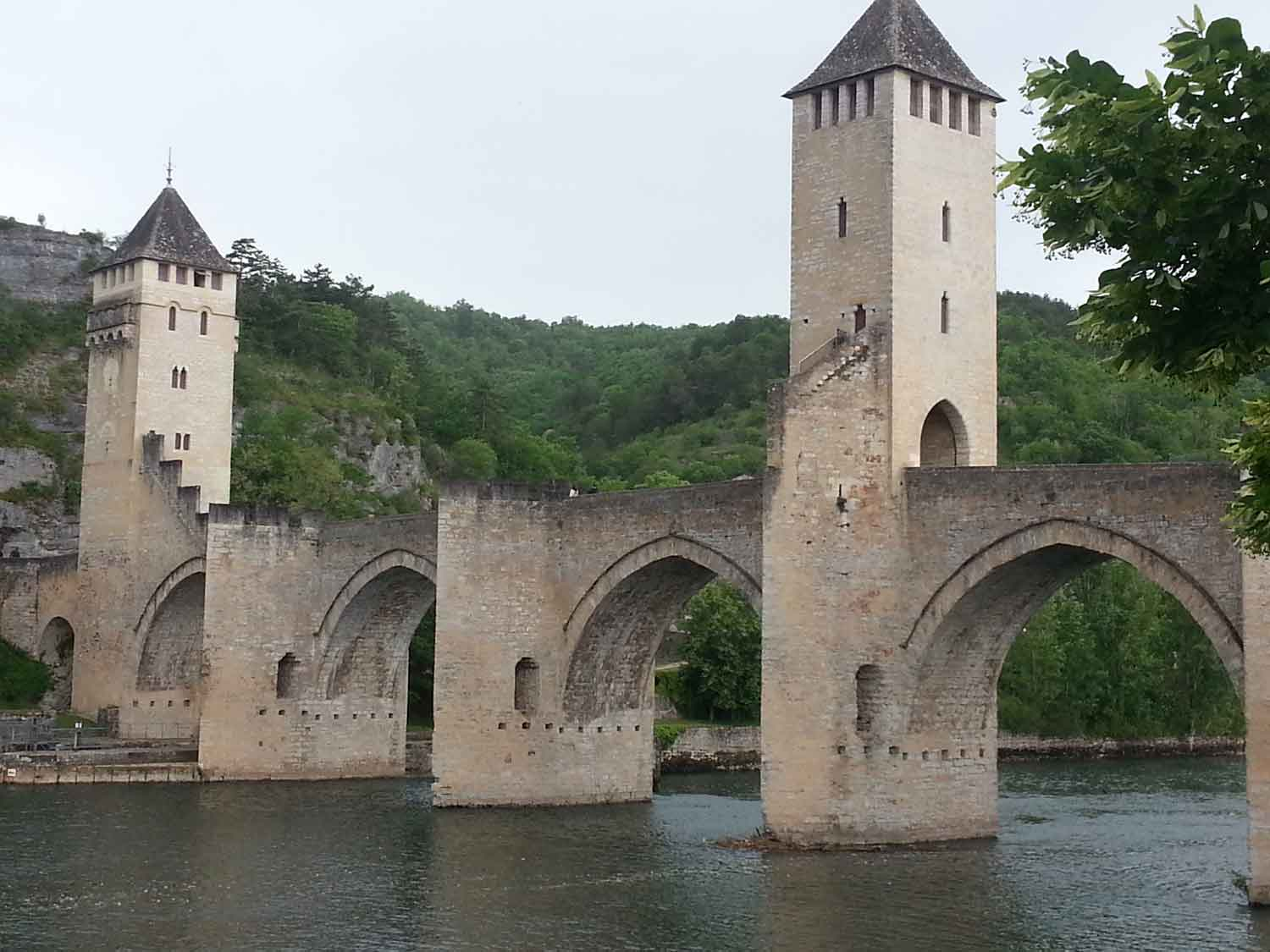 Cahors Poont Valentre France Painting Holidays Lisa's Gryphon Art Travel Workshops Tours