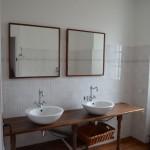 Bathroom 1 Doms France